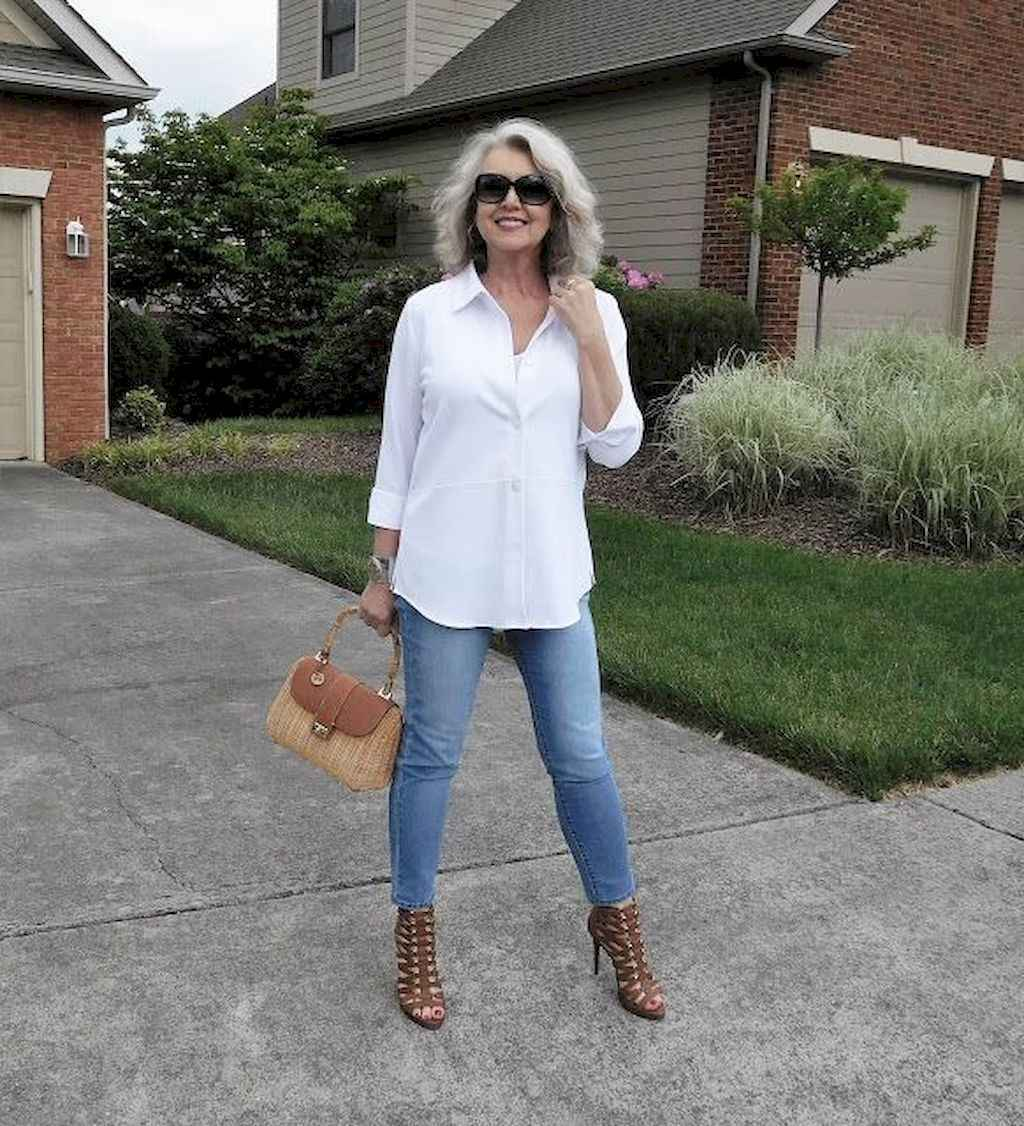 14 Best Stylish Outfits for Women over 50
