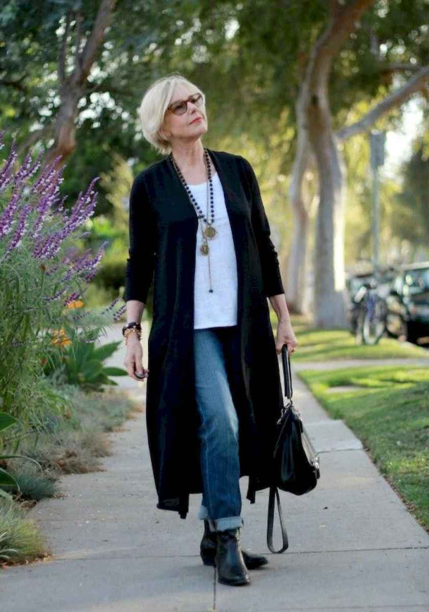25 Best Stylish Outfits for Women over 50