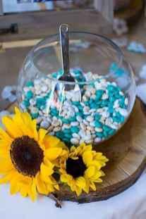 39 Simple and Easy Wedding Centerpiece Ideas