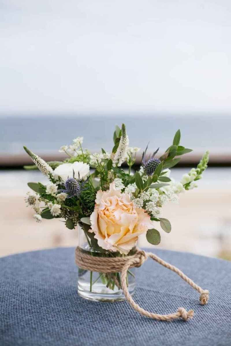 42 Romantic Tropical Wedding Ideas Reception Centerpiece