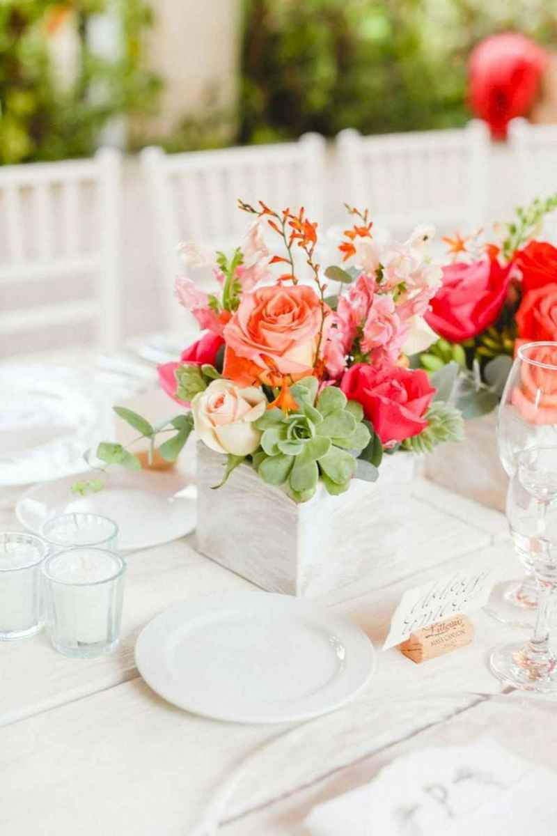 46 Simple and Easy Wedding Centerpiece Ideas