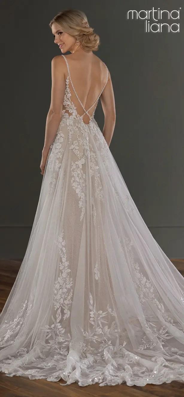 "Martina Liana Spring 2020 Wedding Dresses - 1137 ""width ="" 615 ""height ="" 1329 ""data-pin-description ="" Make a Statement with Martina Liana's Latest Collection: ""A Statement of Love"" | Martina Liana Spring 2020 Wedding Dresses - 1137 | Spaghetti straps and tulle skirt #weddingdress #weddingdresses #bridalgown #bridal #bridalgowns #weddinggown #bridetobe #weddings #bride #dreamdress #bridalcollection #bridaldress #dress See more gorgeous wedding dresses by clicking on the photo ""data-pin-id ="" 21673641944099115 ""srcset ="" https://bellethemagazine.com/wp-content/uploads/2019/05/Martina-Liana-Spring-2020-Wedding-Dresses-1137B- Martina-Liana.jpg 615w, https://bellethemagazine.com/wp-content/uploads/2019/05/Martina-Liana-Spring-2020-Wedding-Dresses-1137B-Martina-Liana-300x648.jpg 300w ""sizes = ""(max-width: 615px) 100vw, 615px"" data-jpibfi-post-excerpt = """" data-jpibfi-post-url = ""https://bellethemagazine.com/2019/06/martina-liana-wedding-dresses -2020-a-statement-of-love.html ""data-jpibfi-post-title ="" Make a Statement with Martina Liana's Latest Collection: ""A Statement of Love"" ""/></a data-recalc-dims="