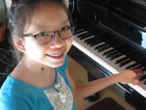 Learn to play piano at the Metropolitan Academy of Music