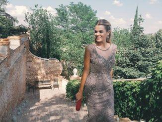 Look de Miriam Pérez en la boda de Clara Alonso