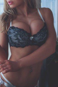 girls-lingerie-251
