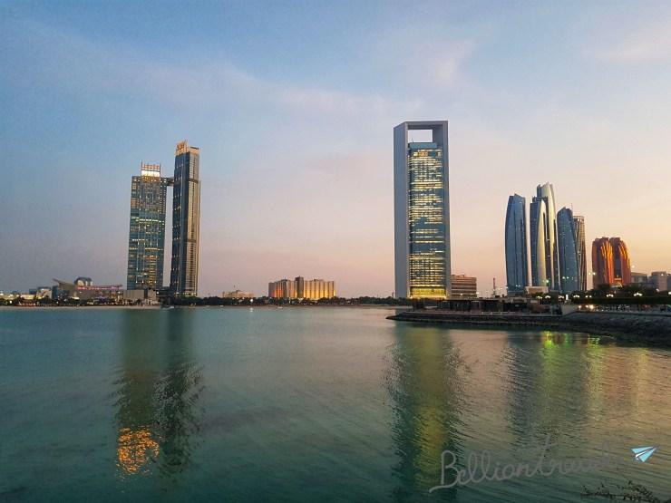 Abu Dhabi Mall 01