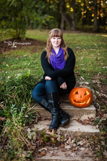 Senior Pictures Knoxville TN, Senior Portrait Photography, Outdoor Pictures, Senior Pics, Senior Girl, Purple, Pumpkin