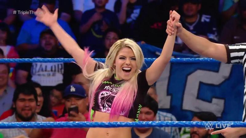 Alexa Bliss will challenge Bayley at Stomping Grounds