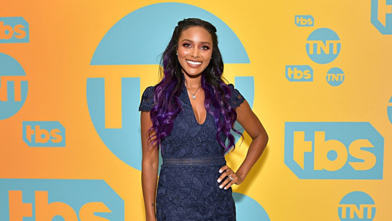Brandi Rhodes to launch official AEW podcast