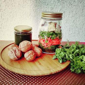 Walnut Pesto Salad in a Jar