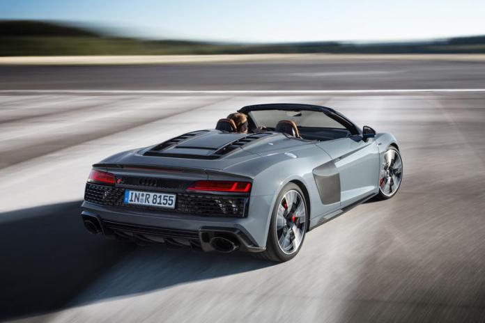 Audi R8 V10 amazing performance