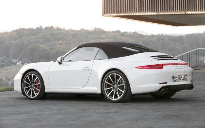 10 Expensive Sports Cars That Are A Breeze To Maintain