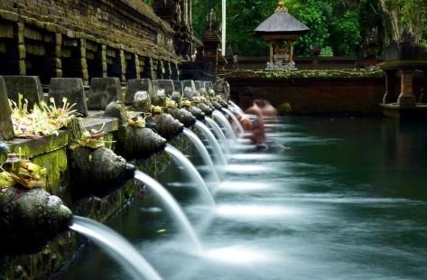 Tirta-empul-Bali-Indonesia