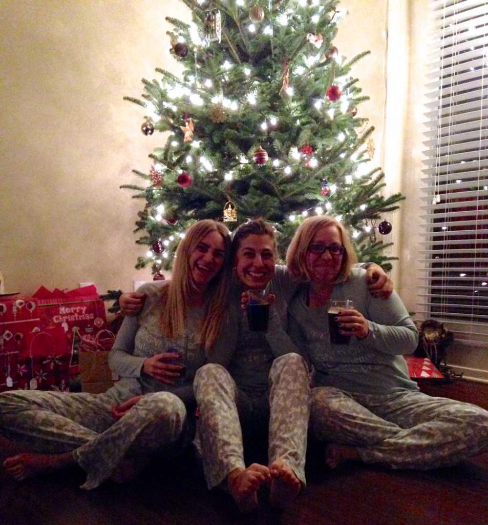 christmas-home-matching-pjs