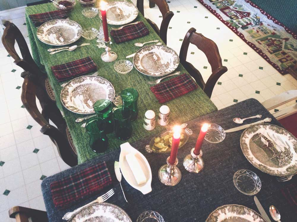christmas-table-set