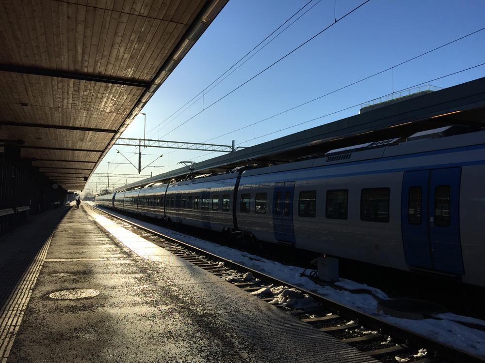 3-uppsala-train-station-