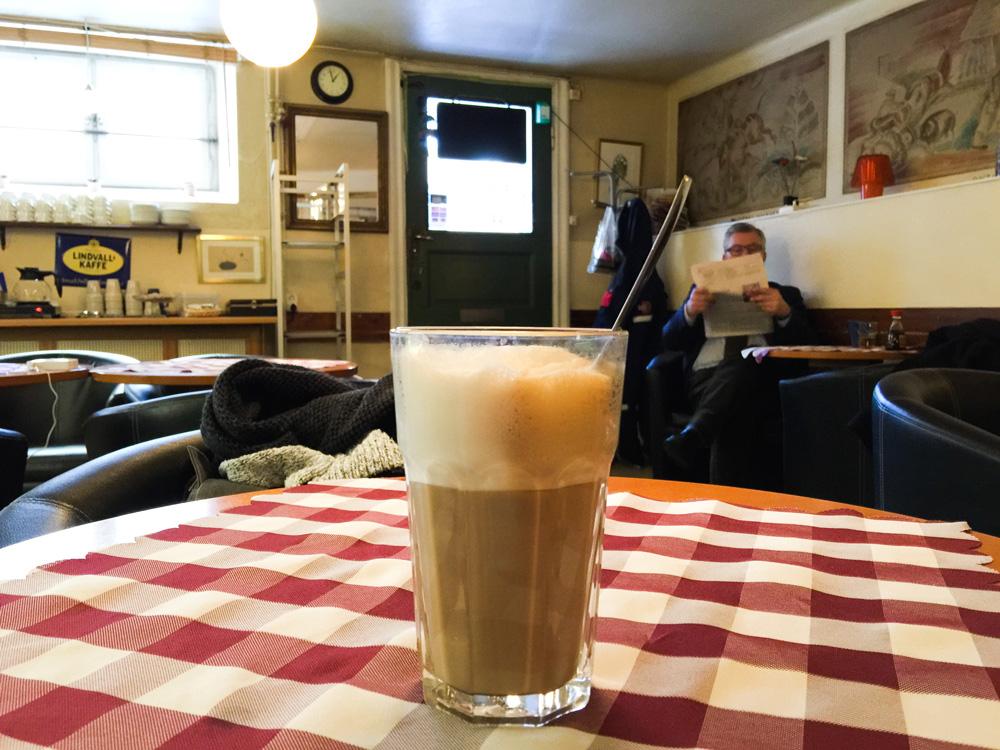 cafe-latte-fika