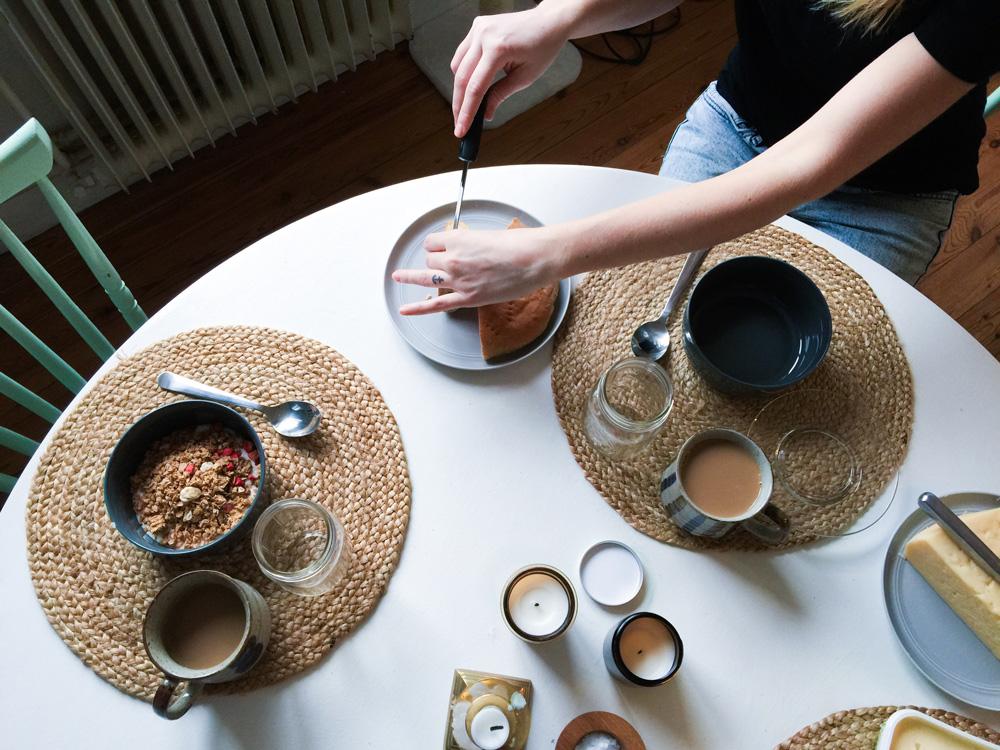 breakfast-kitchen-home