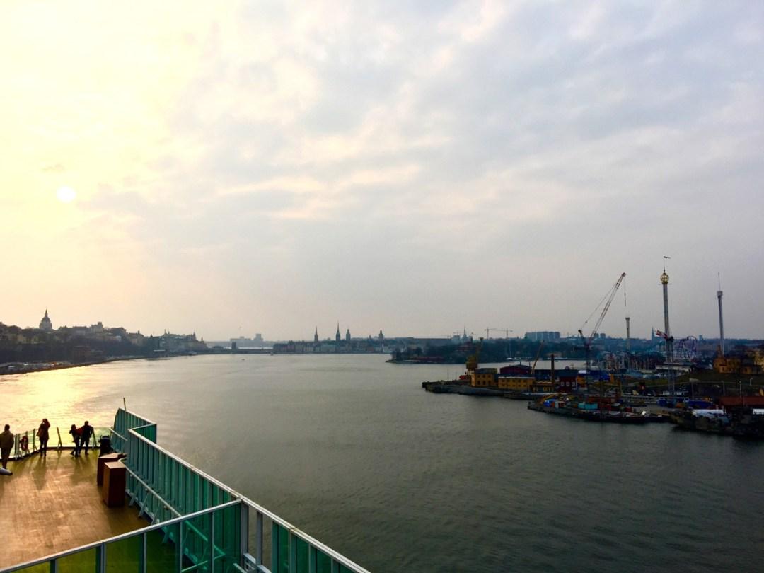 stockholm-sunshine-harbor