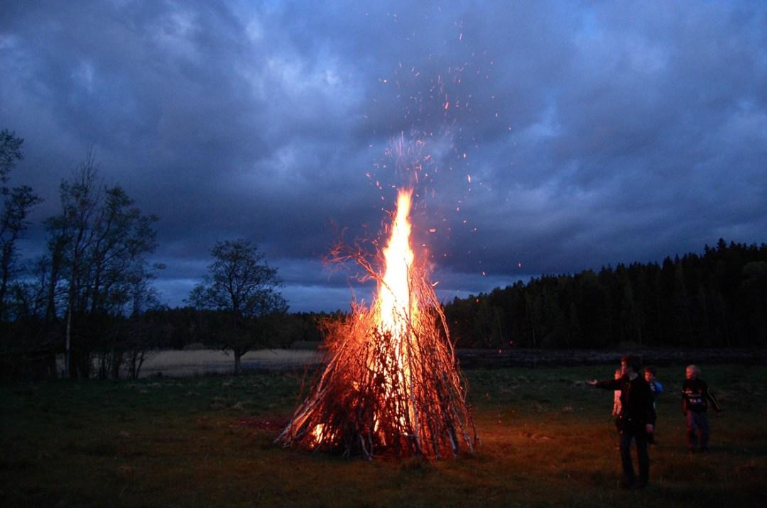 valborg-bonfire