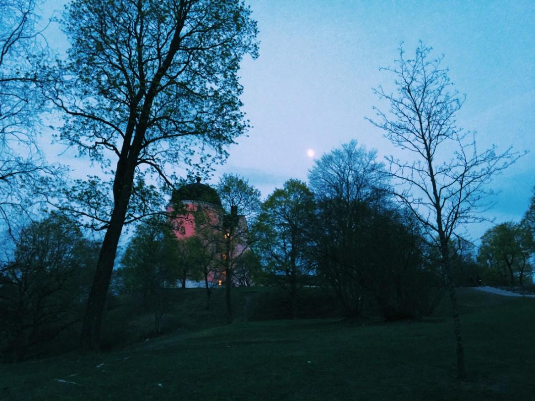 moon-castle-valborg