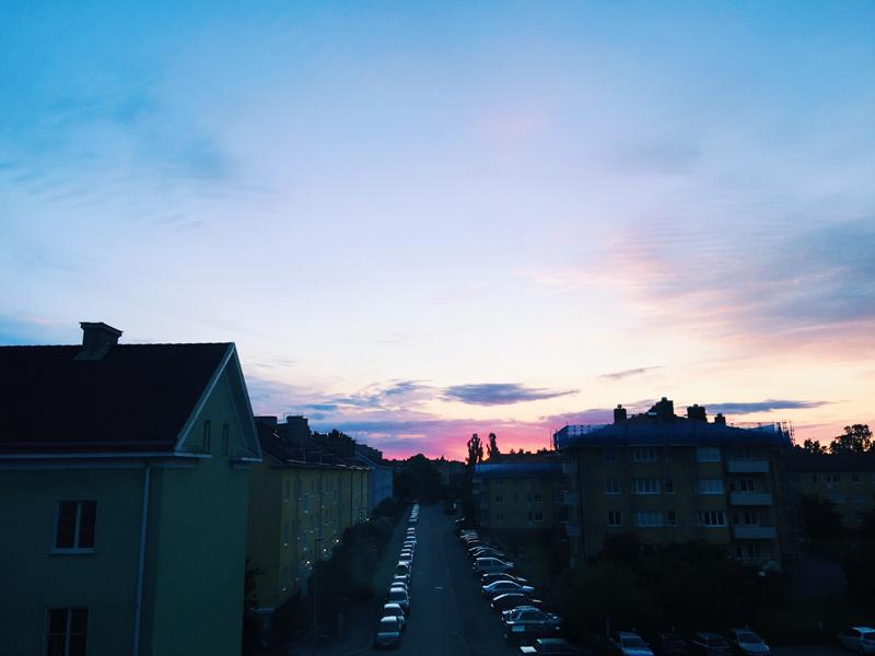 summer-solstice-sunset-sweden-2