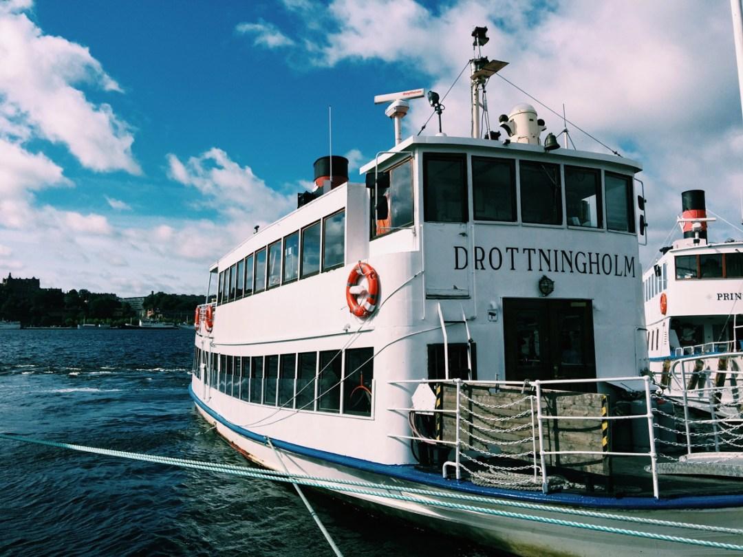 drottningholm-boat