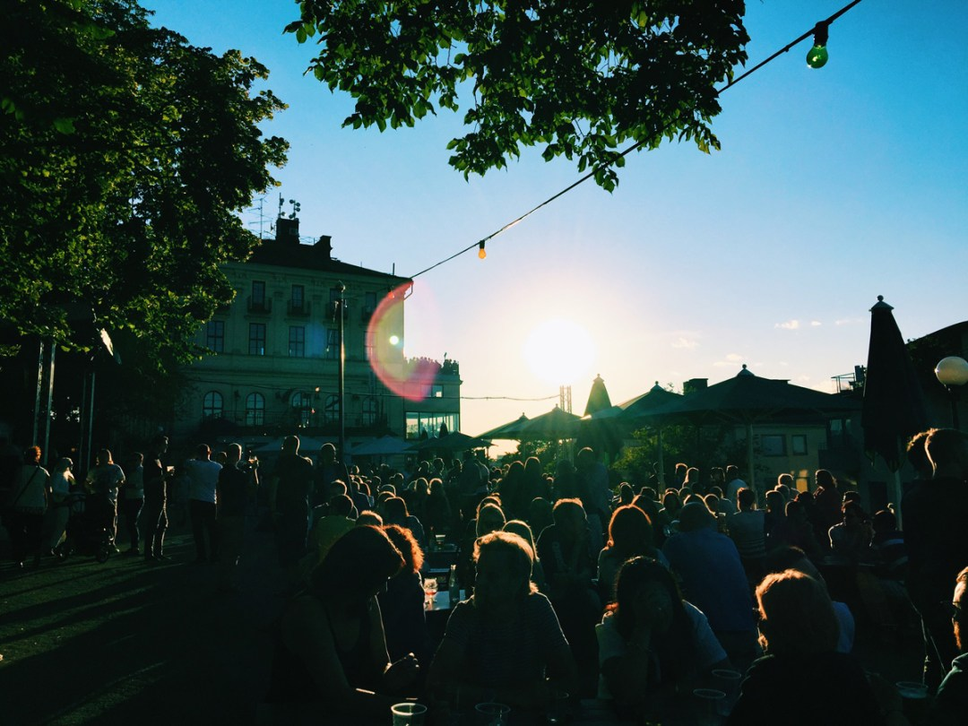 stockholm-pride-parade-mosebacke-sunshine