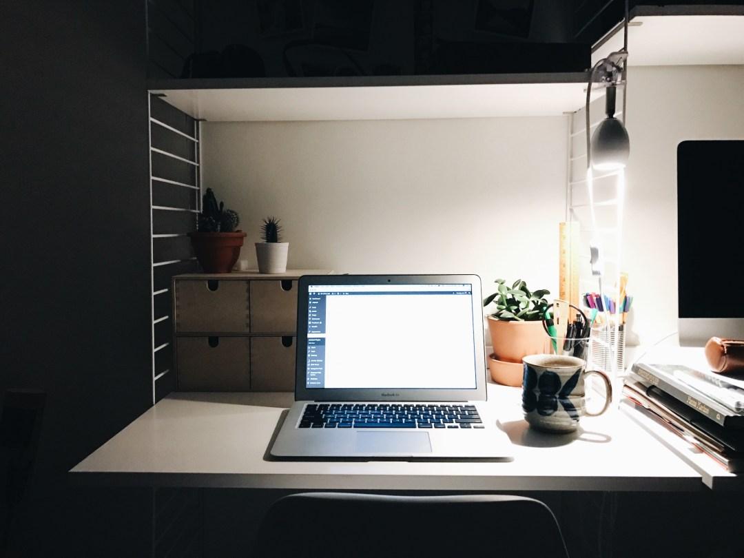 computer desk cozy