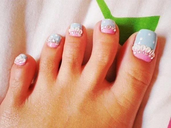 decorar-unas-pies-2014-uñas-detalles-brillantes