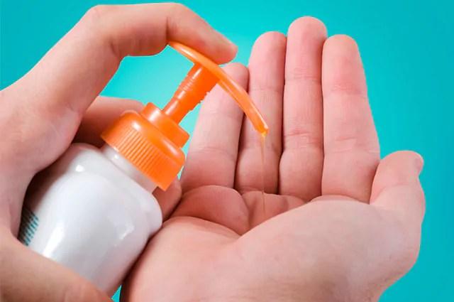 Sobras de sabonete podem ser facilmente reaproveitadas para fazer sabonete líquido