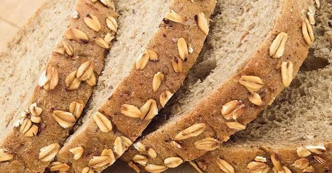 pão integral ou tapioca