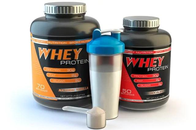 Whey protein pode causar espinhas principalmente em quem já tem predisposição