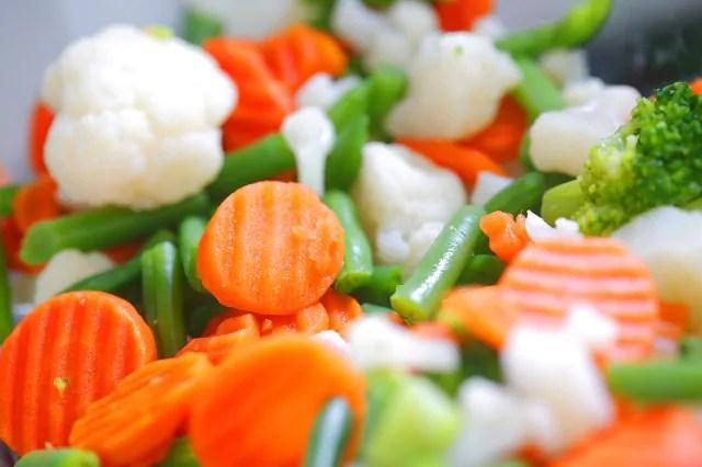 os-legumes-cozidos-sao-opcoes-para-compor-o-prato-de-quem-esta-com-diarreia 8 receitas fáceis de remédio para diarréia