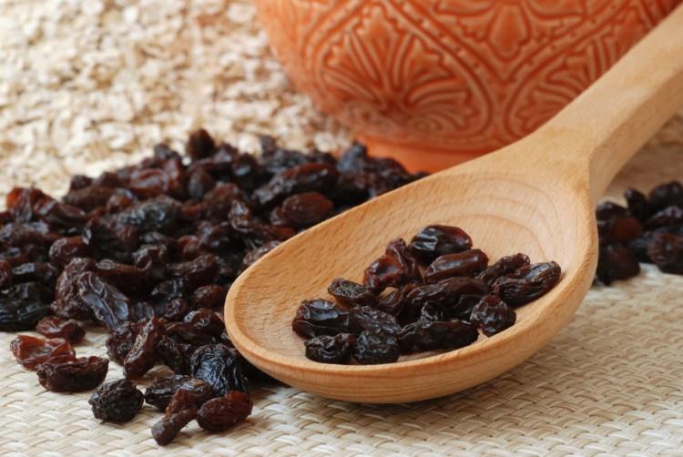 Quatro motivos para incluir a uva-passa em sua dieta diária