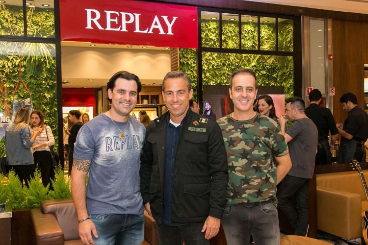 Replay chega a Curitiba
