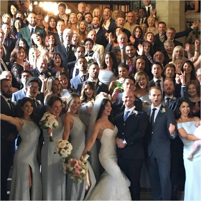 Los invitados de las bodas en tiempos de covid ya no podrán tomarse fotos así