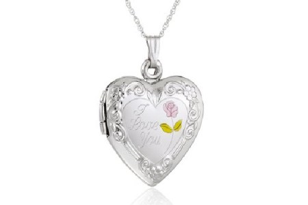 Heart Shaped Lockets Gift Guide