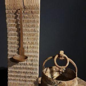 Oud ijzer kookpotje bij Benard's Woonaccessoires