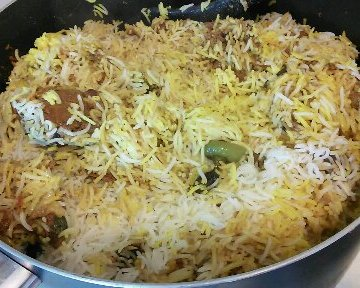 Chicken Pilau Rice Pakistani Style for ( Benazer's kitchen)