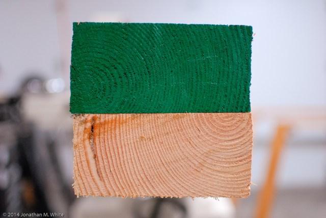 Alternating grain orientation.