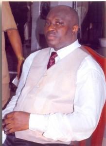 Dr. Chris Kwakpovwe