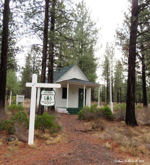 High Desert Museum Ranger Station