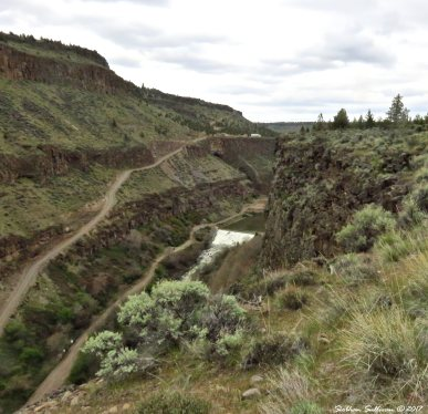 Dam on river Otter Bench hike, Crooked River, Oregon 17April2017