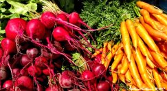 Farmer's Market produce in Bend, Oregon 12July2017