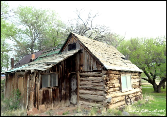 Log cabin scene in Torrey, Utah 5May2018