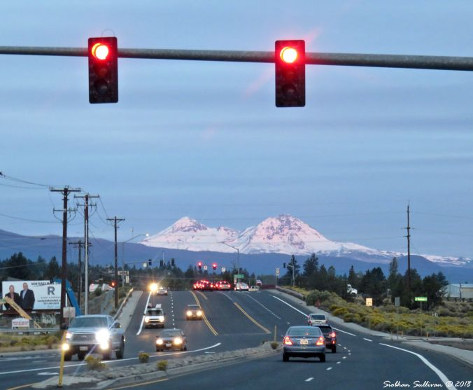 Viewpoints of Oregon, view of the Sisters from Bend 24September2017