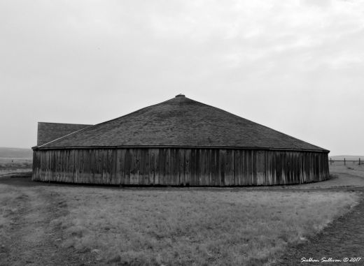 Pete French Round Barn Sept 2017