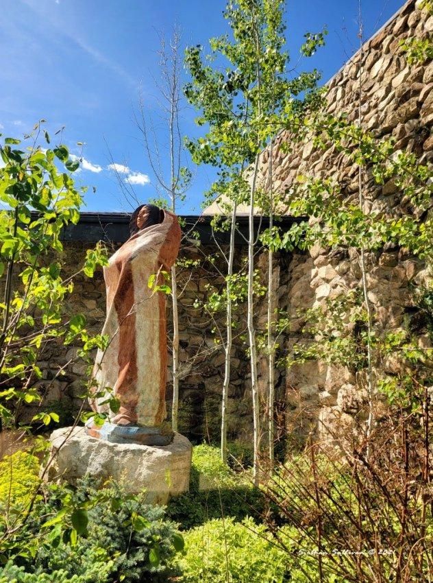 Sacagawea sculpture in Cody