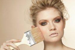 Consecuencias-del-Maquillaje-excesivo
